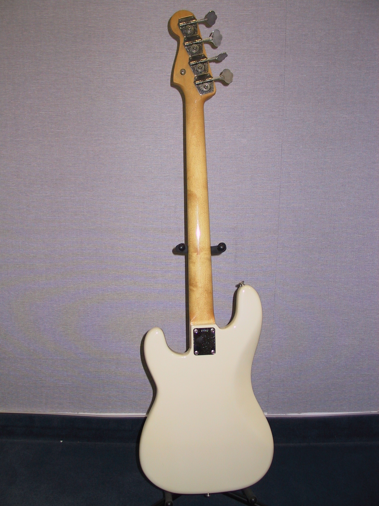 john entwistle gear john entwistle bass gear whotabs 1962 fender precision bass rear courtesy brad rodgers whocollection com