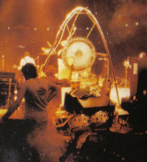 Kenney Jones Drumkits Keith Moon S Drumkits Whotabs