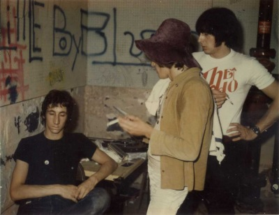 10 August 1968, Jaguar Club, St. Charles, Ill., backstage post-show. (Photo: Rick Giles)